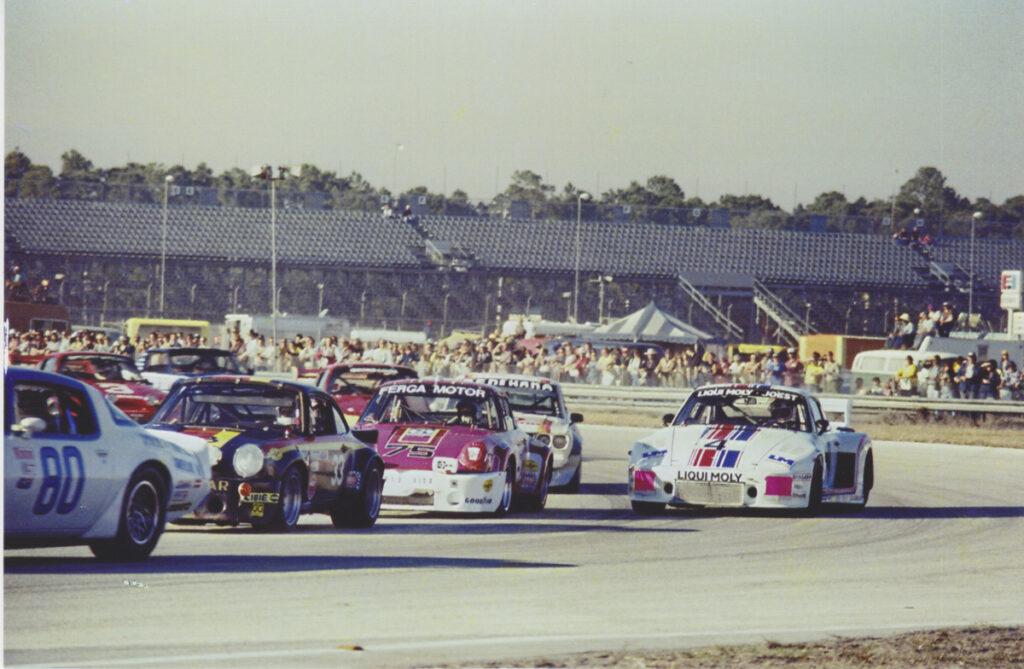 Porsche_911_RSR_2.8l_1972_Rally_Auto